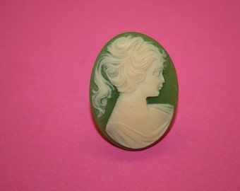 Large Green Victorian Lady Cameo Ring