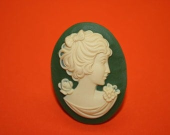 Large Green Flower Lady Cameo Ring