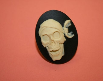 Large Pirate Skull Cameo Ring
