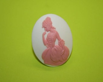 Large Pink and White Elegant Lady Cameo Ring