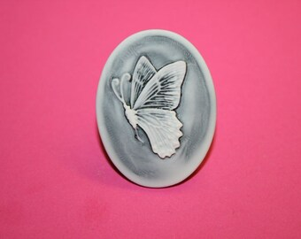 Large Ashy Black Butterfly Cameo Ring