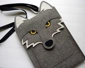 Wolf laptop case - MacBook Pro 15 inch felt case