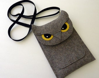Owl iPad mini 1, 2, 3, 4 felt case // Tablet shoulder bag