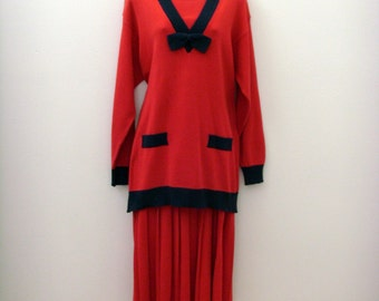 Vintage Nautical Tunic & Pleated Skirt / 1980s Red - Navy Blue Cotton Sweater Knit / Size MED Two Piece Set / Unique Gift Under 100