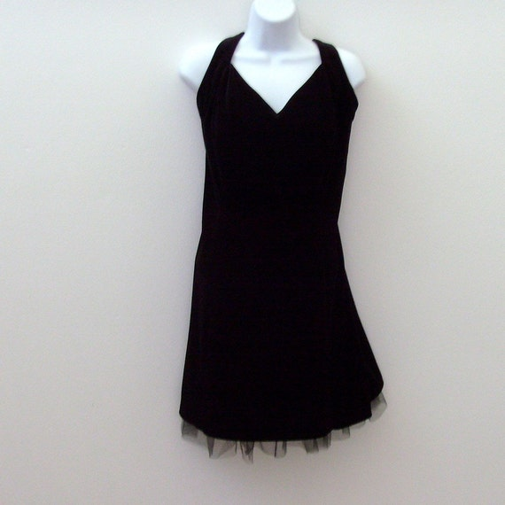 Vintage Black Velvet Cocktail Dress / Party Fashion / Sweetheart Neck Black Tulle Net Rhinestones / 80s Betsy and Adam / Made in USA / SZ 18