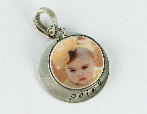 Photo Charm Framed in Brushed Sterling With a Name Tag - Small - FP6Flfa