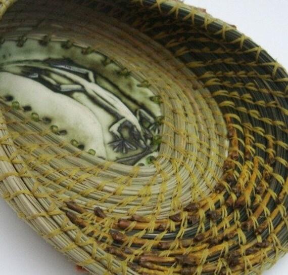 Sunny Niche Lizard Pine Needle Basket