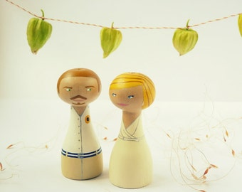 Unique wedding cake topper Personalized wooden peg doll art hand painted custom groom bride FREE SHIPPING