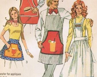 1970s Simplicity 5097 Vintage Sewing Pattern Mens Misses Cobbler Apron, Full Pinafore Apron, Half Apron, Barbecue Applique One Size
