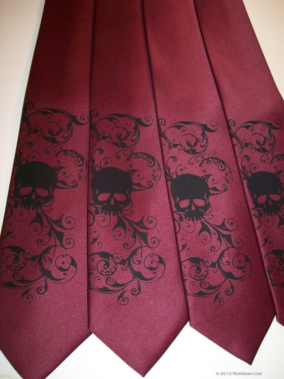 Men's skull necktie, silk screen distressed skull tie