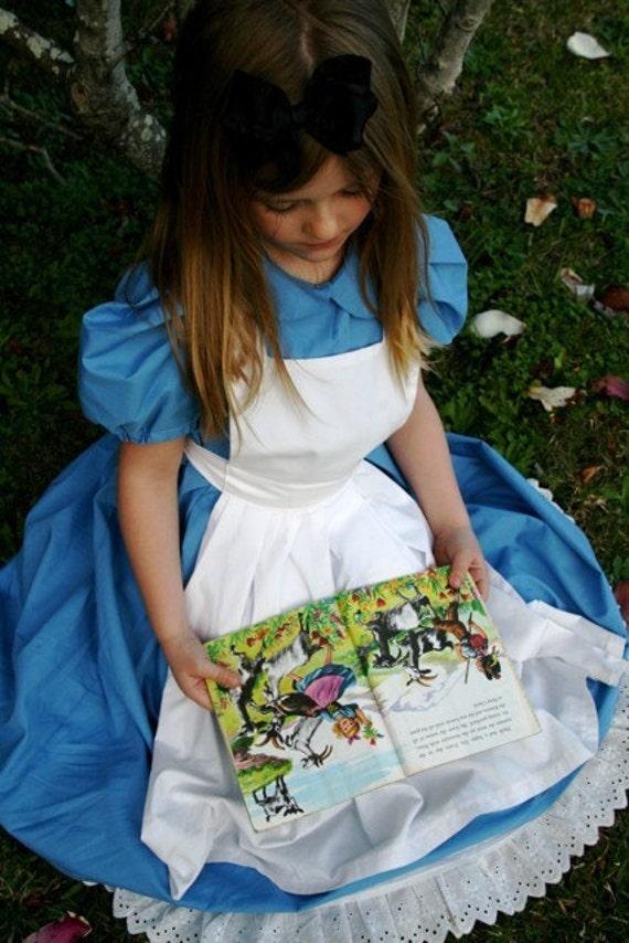 Alice in Wonderland Dress size 2-6 Child's Size Alice Dress