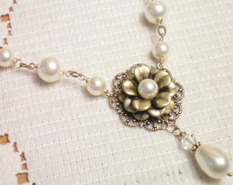 BELLISIMO - Swarovski Pearl and Antiqued Brass Necklace