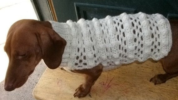 Items similar to Crochet Dog Sweater Fits Dachshund s ...