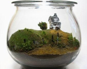 Movie Miniatures: Scale Model Beetlejuice Terrarium