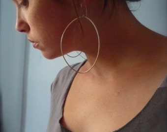 city dweller hoop earrings