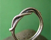 Elegant twisted wire Vine ring in Sterling Silver-silver twist ring - available in size 5 to size 8