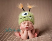 Baby Hat, Green Monster Hat, Newborn Baby Hat, Newborn Photo Prop, Photography Prop, Baby Photo Prop, Little Monster