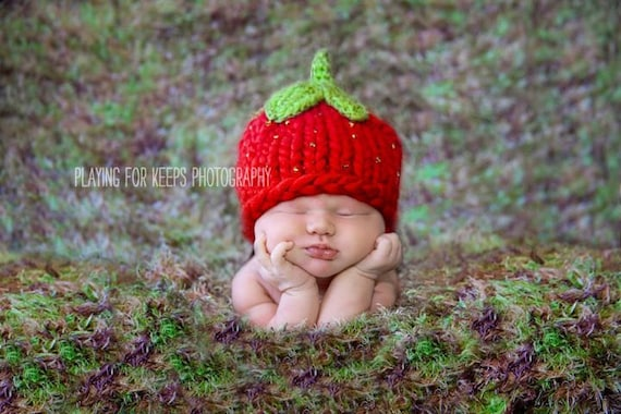 Baby Hat, Newborn Baby Hat, Baby Photo Prop, Strawberry Baby Hat Photo Prop, Knit Baby Hat