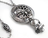 Spidery Elegance- Round Silver Scent Locket