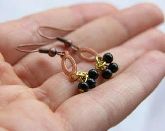 Vintage Copper and Little Black Bead Earrings - 'Jitterbug'