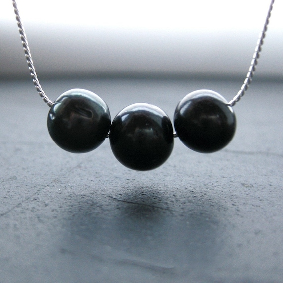 Noir Pearl Necklace. Silver. Three Little Words