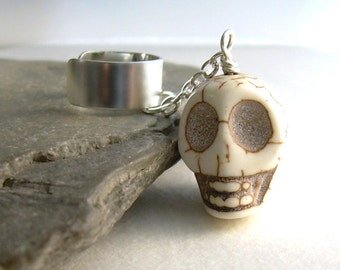 Large Stone Skull Ear Cuff, Goth Cuff Earring, Cartilage Jewelry