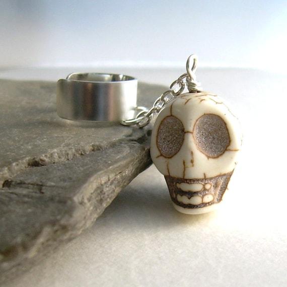 Large Stone Skull Ear Cuff, Goth Cuff Earring, Cartilage Jewelry