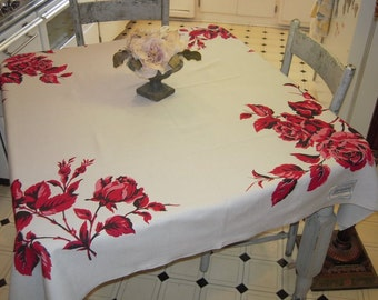 Vintage Tablecloth Beautiful Red Roses MWT