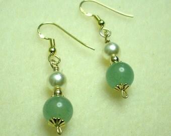 Adventurine and  Pearl Earrings