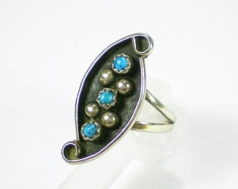 Zuni Sterling Silver Turquoise Ring  - Vintage Jewelry - Gemsone Ring Size 6