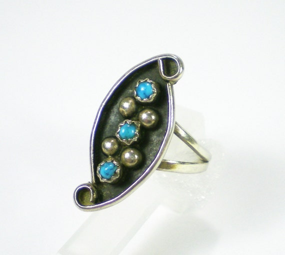 Zuni Sterling Silver Turquoise Ring  - Vintage Jewelry - Gemsone Ring