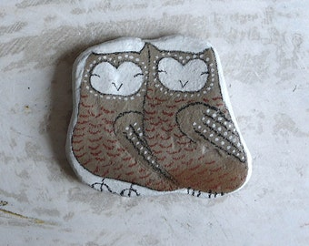 Large Beach Stone - Two Owls