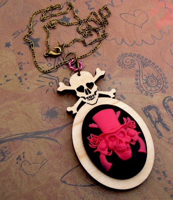 Top Hat Pirate Skull with Skull and Crossbones Necklace hot pink black rocker edgy chic Gasparilla