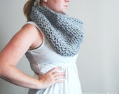 Circular Cowl in Soft Grey and Silver // Knitted Woven Shinny Infinity Scarf // Gray Cowl