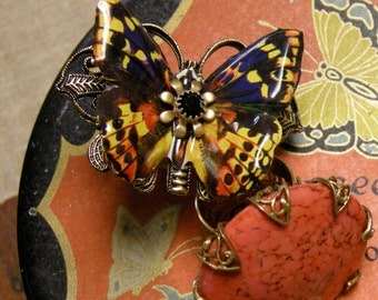 Butterfly Ring with an Adjustable Wide Band