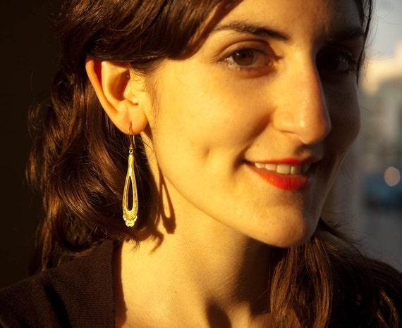 Gold Dangle Earrings - Teardrops - Golden Earrings - Sun Goddess - Diva Earrings - Pretty Jewelry - Gift for Her - Long Earrings - Elegant