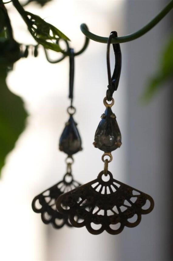 Dangle Earrings, Metal Lace Earrings, Delicate Earrings, Dainty Earrings, Vintage Brass, Gift for Her, Spanish Style, Neutral Earrings