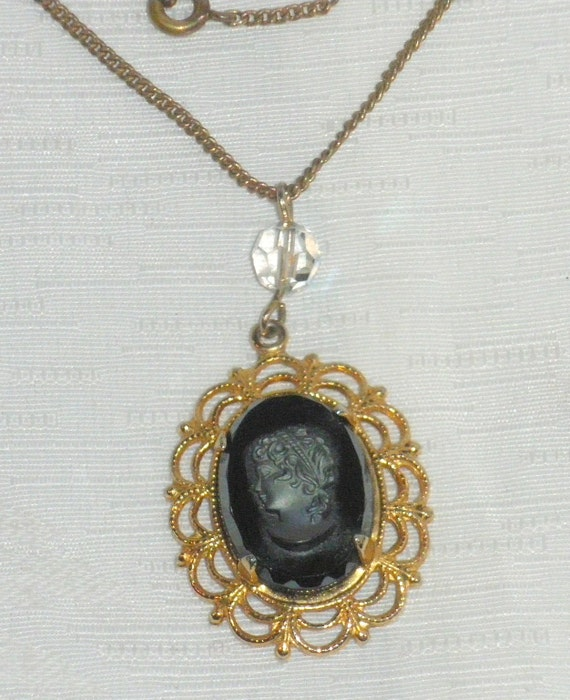 Hematite Black Cameo Necklace Vintage Carved Intaglio Cameo Filigree Oval Pendant Jewelry