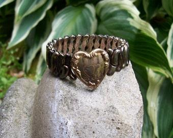 Edwardian Style Stretch Sweetheart Bracelet, Engraved Hearts