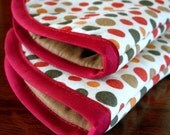 Oven mitts | Fall Colors | Polka Dot fabric | Red and brown | Autumn | Oven gloves | Butterscotch | Amber | Gold - Made to order