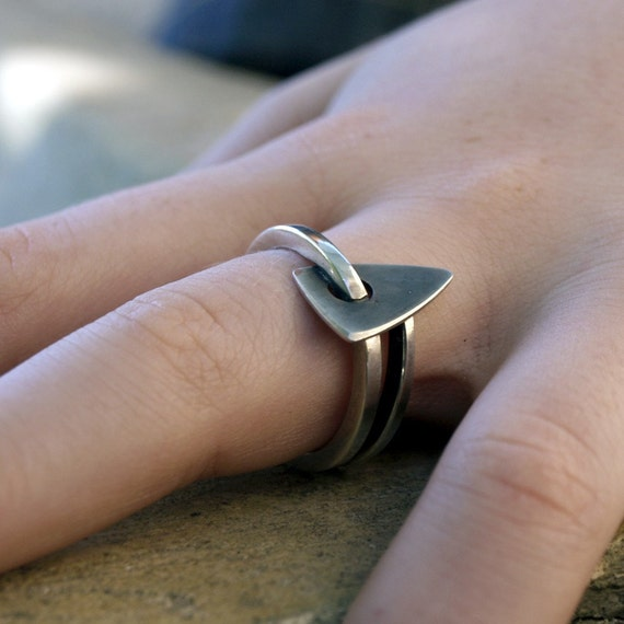 Rustic Modern ring sterling Silver Ring Silver Triangle ring hand crafted ooak ring size 6.5 My Coeur  handmade france etsy menno