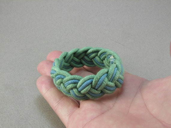 green and blue rope bracelet 2025