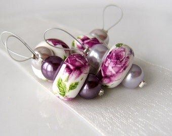 Posy and Pearls - Four Snag Free Stitch Markers - Fits Up To 6.5 mm (10.5 US)