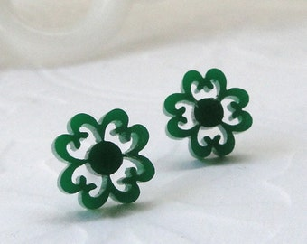 Clover Studs in Green