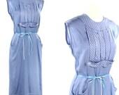 Winsome Polka Dot - 50s Fitted Rayon Sheath Dress - size Small / Medium