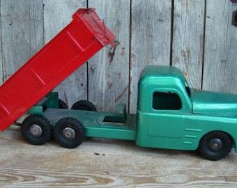 STRUCTO TOY Dump Truck 1950s
