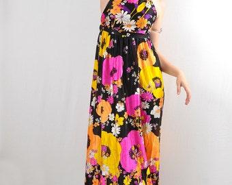 Iconic vintage 1970s Maxi Dress Pop Art Flower Power Halter Dress Tricot