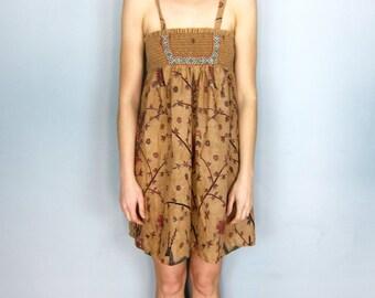 Beautiful 70's Bird Printed Dress size M