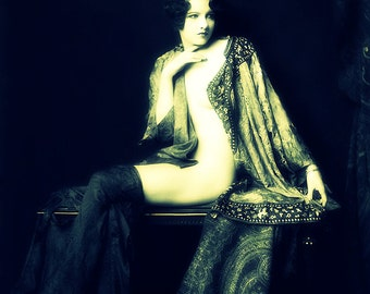 Girl in Lace Dressing Gown - Roaring 20s - Bedroom Art