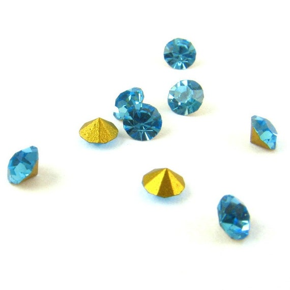 24pc Swarovski Vintage Crystal RHINESTONES Machine-Cut Chatons Round AQUA 24pp 3mm Repair 12ss Point Back Jewelry Stones Replacement A1100